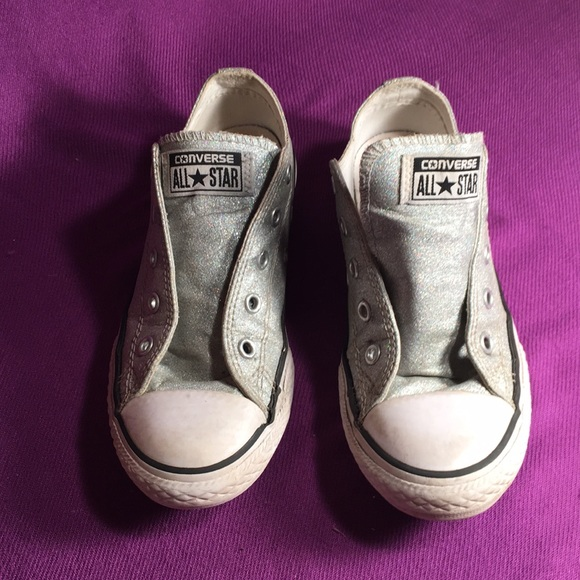 Converse Other - Converse Silver sparkly low tops Sz2